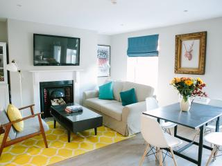 Apartment,Sleeps 4 - Grafton Street -  5 Mins Walk - Dublin vacation rentals