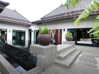 Beautiful villa 900 metres from Bang Tao beach - Surin vacation rentals