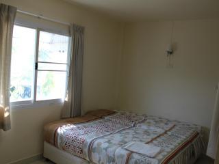 Cheap room for rent in Hua Hin (Khao Takieb) - Hua Hin vacation rentals