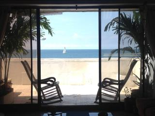 Affordable Beachfront B&B Near Old City - Cartagena vacation rentals