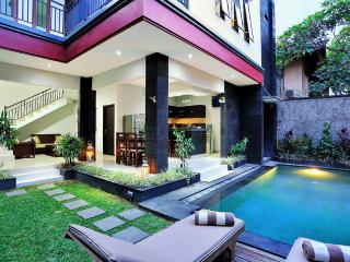 LEGIAN 3 BED, 4 BATH GREAT LOCATION VILLA RAKAS 2 - Denpasar vacation rentals