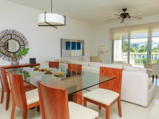 Mareazul Casa Vida Dulce - Playa del Carmen vacation rentals