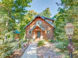 3BR Mountain Cabin - Skiers Paradise, Private, Sleeps 10, Wood Burning Fireplace, Truely Ski In/Out - Northwest Michigan vacation rentals