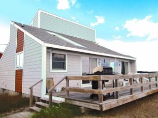 8 Pearl - Oceanfront Dream - Saco vacation rentals