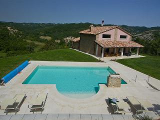 Special Price September-Marcheholiday Chipieri - Apecchio vacation rentals