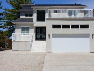 Luxurious Beach Front Property - Wasaga Beach vacation rentals