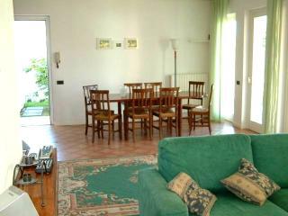 Villa Salmerino 14 - San Felice del Benaco vacation rentals
