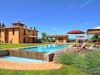 Villa i Longobardi - Peccioli vacation rentals