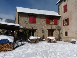 Pyrenees Mountain Cottages Winter snow and ski - Les Angles vacation rentals