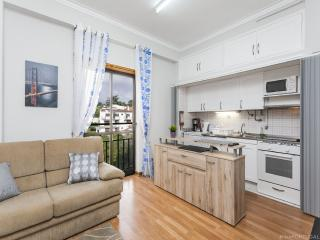 Heart of Estoril Apartment 2 - Estoril vacation rentals
