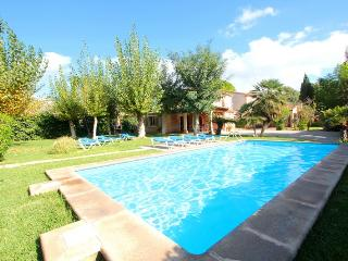 Villa with 2 pools in Pollença. One with jacuzzi. - Pollenca vacation rentals