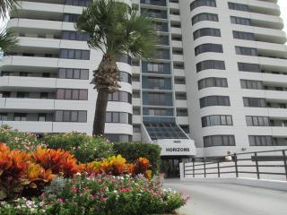 2 Story Penthouse Horizons Oceanfront 4/2 - Daytona Beach vacation rentals