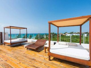 Wonderful front apartment with sea view - Playa del Carmen vacation rentals