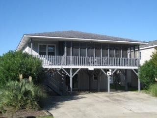 Sunset Beach- 4 bedrooms up and 1 down full kitche - Sunset Beach vacation rentals