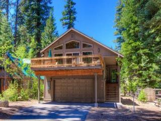 Spectacular House in the Wonderful Town of Tahoma ~ RA45239 - Tahoma vacation rentals