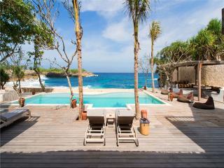 SL1327 - Central Java vacation rentals