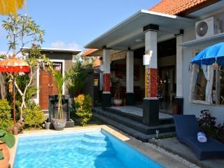 Private 3-Bedroom Villa / Pool / Garden / Kerobok - Kerobokan vacation rentals