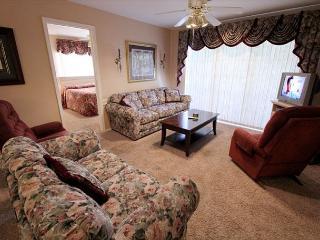 A Charming Manor- 3 Bedroom, 3 Bath Condo with Wheelchair Access - Branson vacation rentals