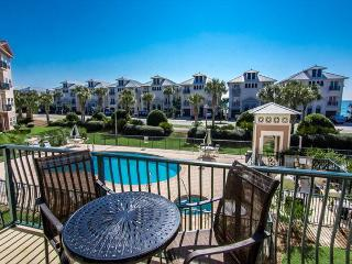 Emerald Waters 204- Community Pool and Hot Tub, Across from Beach - Miramar Beach vacation rentals