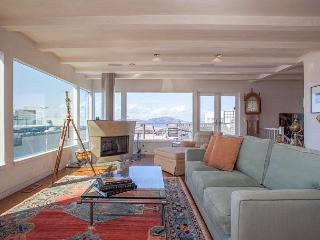 Luxury Russian Hill-Best SF Views - San Francisco vacation rentals