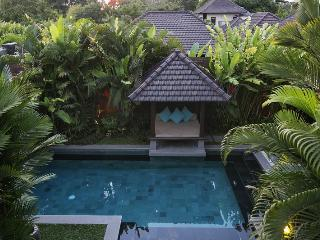 Akarasu Villa, minutes away to Petitenget Beach - Bali vacation rentals