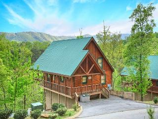 2BR Luxury Log Cabin w/ Vieww, Hot Tub, WiFi & Pool Table! June from $159! - Pigeon Forge vacation rentals