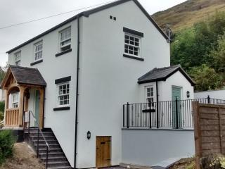 Jasmine Cottage - Llangollen vacation rentals
