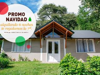 Glenda, spectacular Cabana with grill and garden for 5 persons - Province of Rio Negro vacation rentals