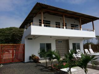 Casa WF Suite 2 on the beach with a pool - Manta vacation rentals