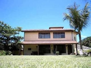 Beautiful and spacious vacation home by the beach - Guarapari vacation rentals