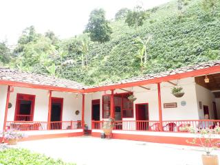 Coffee Farmhouse - Pereira vacation rentals