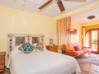 Jardin Secreto Romantic, Quiet, Comfy - Chichimeca - San Miguel de Allende vacation rentals
