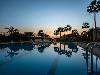 07 Seafront, golf, swimming pool - Golf del Sur vacation rentals