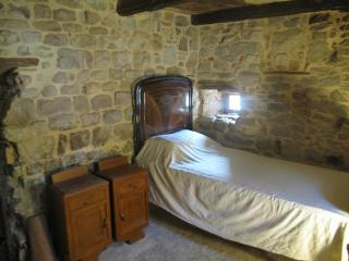 Italian Farmhouse - between Bologna & Florence - Serramazzoni vacation rentals