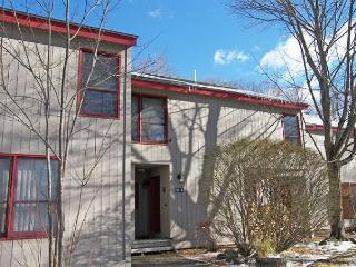 Lincoln Station 94 - Managed by Loon Reservation Service - Lincoln vacation rentals