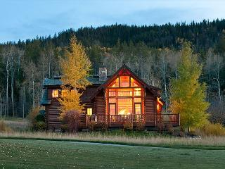 3 Bedroom, 3.5 Bath Log Cabin in Teton Springs - Victor vacation rentals
