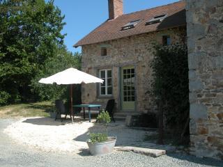 Gite La Jaurie - Ladignac le Long vacation rentals