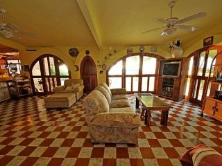 3-Bedroom & 3-Bathroom B&B or self catering house - Guerrero vacation rentals