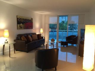 Excelent across the beach Sunny Isles - North Miami Beach vacation rentals