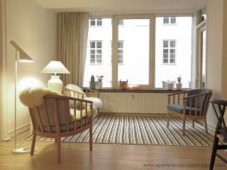 Store Kongensgade - Close To The Queen - 639 - Denmark vacation rentals