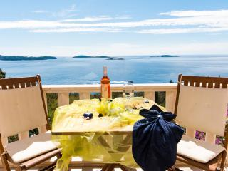 Apartment with Beautiful sea view near Dubrovnik - Dubrovnik vacation rentals
