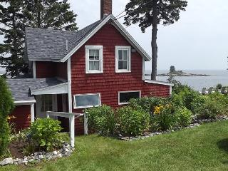 EDGE OF THE SEA | OCEANFRONT | OCEAN POINT | EAST BOOTHBAY MAINE | LIGHTHOUSES | ISLANDS - Boothbay vacation rentals