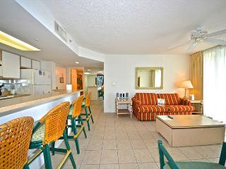 BARBADOS SUITE #204 - 2/2 Condo w/ Pool & Hot Tub - Near Smathers Beach - Key West vacation rentals