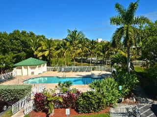 CAT ISLAND SUITE #205 - 2/2 Condo w/ Pool & Hot Tub - Near Smathers Beach - Florida Keys vacation rentals