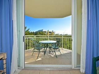 SAINT THOMAS SUITE #302 - 2/2 Condo w/ Pool & Hot Tub - Near Smathers Beach - Key West vacation rentals