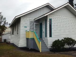 Beachside, 4 BR, 2 BA, Garage, Wi-Fi - Texas Gulf Coast Region vacation rentals