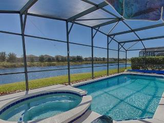 LAKE FRONT! SOUTH POOL/SPA 6 Bdrm/4 Bath 9mls 2 DW - Disney vacation rentals