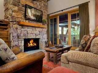 Ski-in/Ski-Out Luxury Condo Crystal Springs 403 in Prime Location with Views - Wyoming vacation rentals