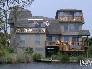 Carol's Soundfront Castle - Salvo vacation rentals
