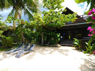 Maharepa Beach by ENJOY VILLAS - Tahiti vacation rentals